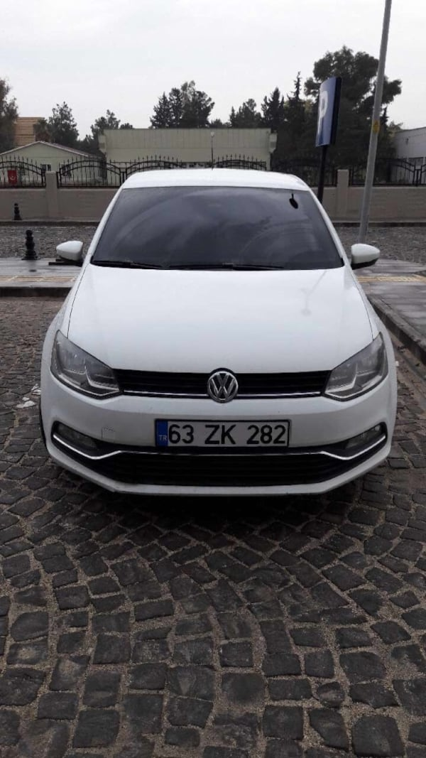 Volkswagen - Polo - 2015 0ab8c0db-7288-480d-858a-0af5dfcf2a18