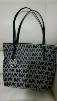 black and gray Michael Kors tote bag Edmonton, T5P 0A1