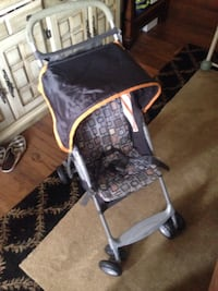 baby's gray and white stroller Tampa, 33634