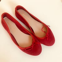 Brand new flats (size 36.6-37) 米西索加, L5G 1P4