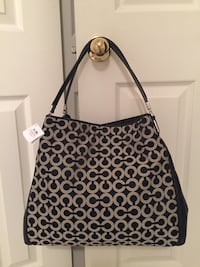 BRAND NEW LEATHER COACH BAG 2334 mi
