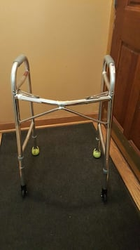 lumex everyday dual release walker with wheels Chicago, 60638