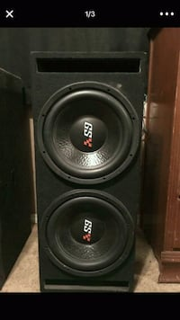 black and gray Dual 12 inch subwoofer speaker Bakersfield, 93306