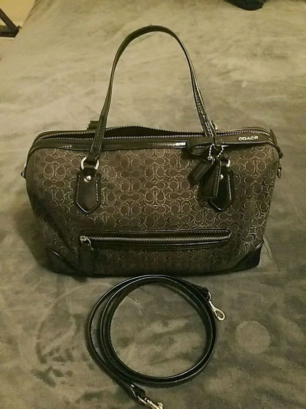 04b0c9cb24 Used Authentic Coach Purse for sale in Wetumpka - letgo