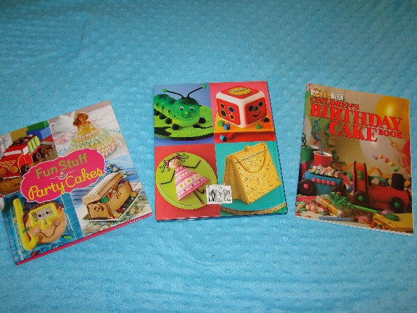 Cake Decorating Ideas - (full of Recipes) - this lot is $5