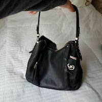 Authentic Michael Kors purse Guelph