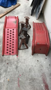 pair of red car ramps and four jack stands Poway, 92064