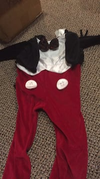 Infant 12-24 month Mickey Mouse costume with Mickey Mouse ears. If you are planning a trip to Disney then this item is great! Or Halloween or dress up!Work teice. Vaughan, L4J 5L7