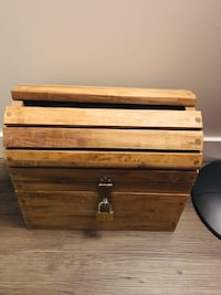 Treasure chest wedding card box with a lock Toronto, M6G 2V3