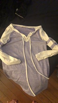 baby's white and gray onesie Los Angeles, 90036