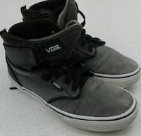 (78) VANS shoes, size 5 Youth, $10