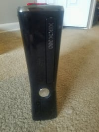 Working Xbox 360 with no cables Glen Burnie, 21060