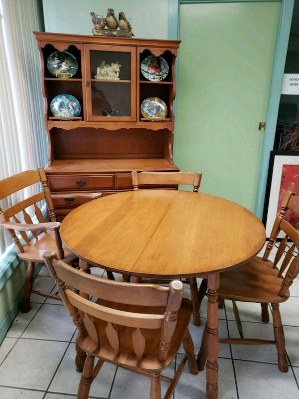 Used Maple Dining Set For Sale In Hamilton