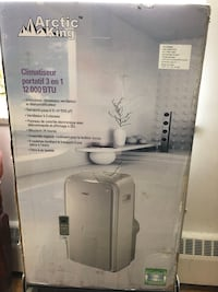 Arctic king air condition in box almost new with all accessories i used it few times Toronto, M1R 0G1
