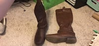 pair of brown leather boots Elizabethtown, 42701