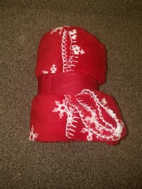 red and white floral cap Springfield