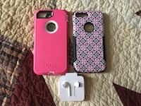 2 iPhone 8 Plus cases and Apple EarPods all for 65.00  Blue Ash, 45242