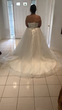 Wedding Dress Mississauga, L5K 2M5