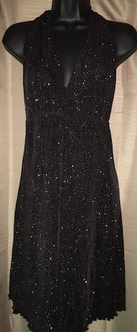 Women's size 10 stretchy minidress located off lake mead and jones area asking $3 Las Vegas, 89108