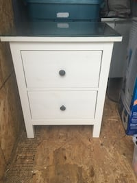 white wooden 2-drawer nightstand Laval, H7X 4G5