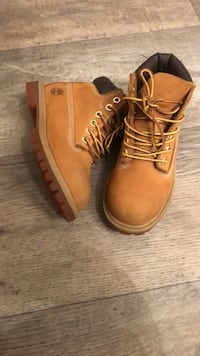 pair of brown Timberland work boots Manassas, 20109