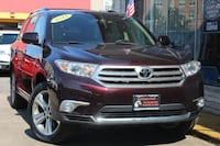 Used 2011 Toyota Highlander for sale Arlington