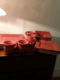 Dishes salmon colour Fort Erie, L0S 1N0
