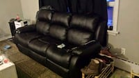 black leather 3-seat recliner sofa Toronto, M9W