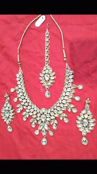 Chokar set studed with dazzling kundan set