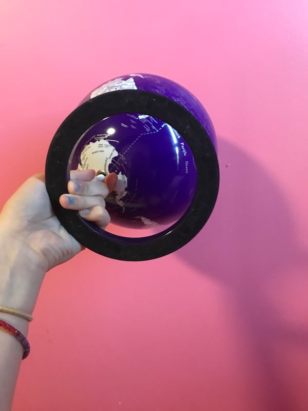 Pretty purple world globe 322217c1-ad1f-4bc1-8902-99f9bbc6bb16