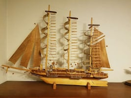 Wooden sailboat 35 inches long English clipper
