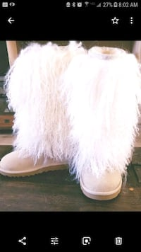 Sheepskin furry authentic uggs. Like new Camarillo, 93012