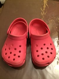Crocs 6/7 toddler  Laval, H7T