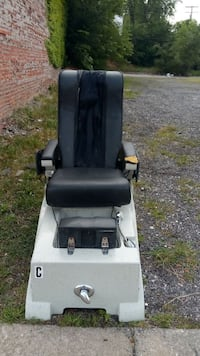 Massage chair Detroit, 48238
