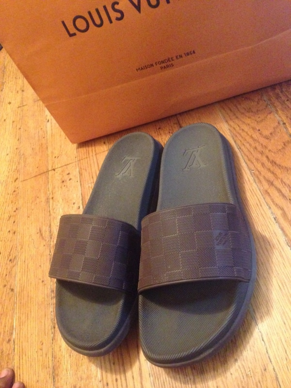 9a2dcf0fd06 Used Louis Vuitton Slides for sale in Maplewood - letgo
