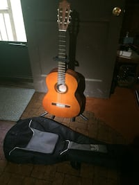 Yamaha GS111S classical guitar with stand and carr Edinburg, 22824