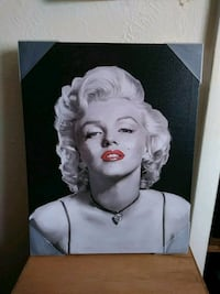 Marilyn Monroe portrait with black wooden frame 1464 mi