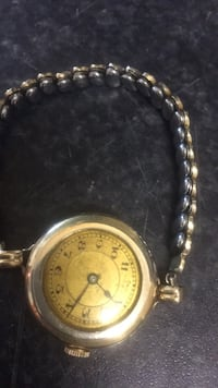 Round silver-colored analog watch with link bracelet Winnipeg, R2V