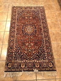 Kashmire oriental hand-knotted wool rug