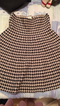 brown and black houndstooth print skirt Dartmouth, B3B 1B1