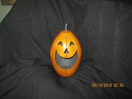 "NEW * Retail $30-Tag Attached * 11"" x 6"" Heavy Metal Jack O Lantern/Pumpkin Candle Holder"
