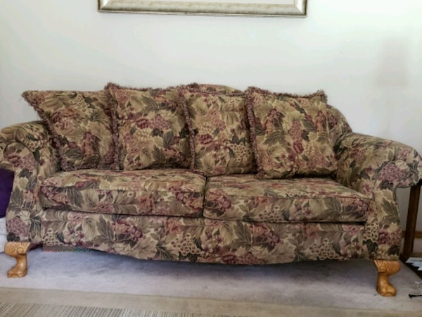 Terrific Ornate Decorative Couch And Loveseat Gmtry Best Dining Table And Chair Ideas Images Gmtryco