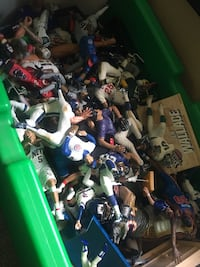 100s STARTING LINEUP SPORT FIGURES IN TOYBOX Shelbyville, 46176