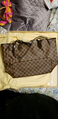 Louis Vuitton Purse  Oakdale, 95361
