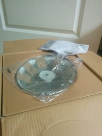 clear glass bowl with box Toronto, M2J