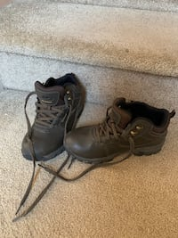 Ozark trail boys size 3 hiking boots