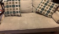 Chaise and loveseat Suitland, 20746