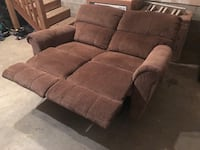 La-Z-Boy reclining loveseat Elkton, 21921