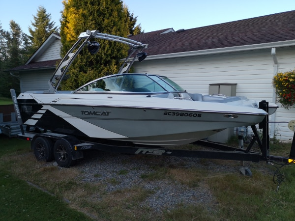 2013, 22 foot, MB, Tomcat, Surf, 300 hours. Well maintained.