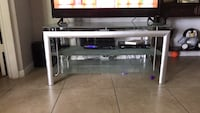 Rectangular clear glass tv stand Greenacres, 33413